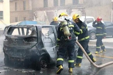 一周连续3桩起火事情新能源车安全怎么保证